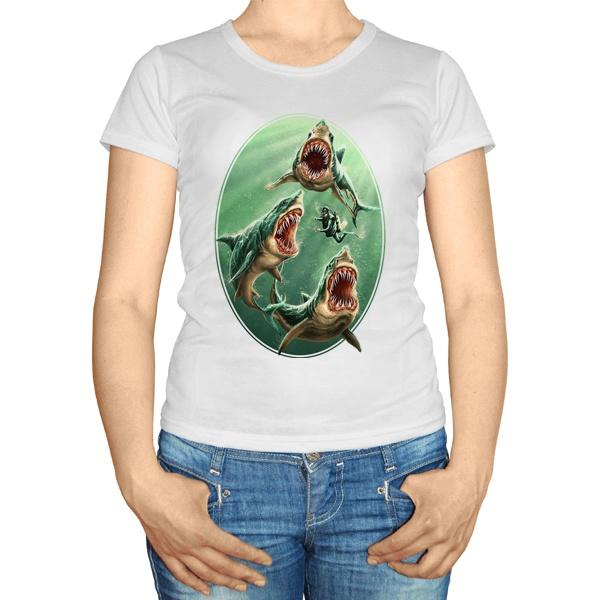 Женская футболка Водолаз и хищные акулы