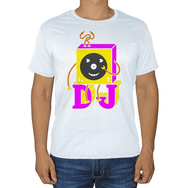 DJ, белая футболка
