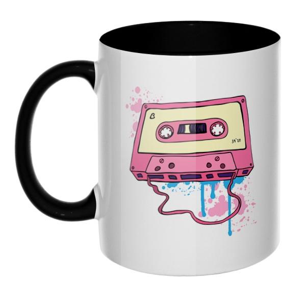 Аудиокассета с магнитной лентой, кружка цветная внутри и ручка