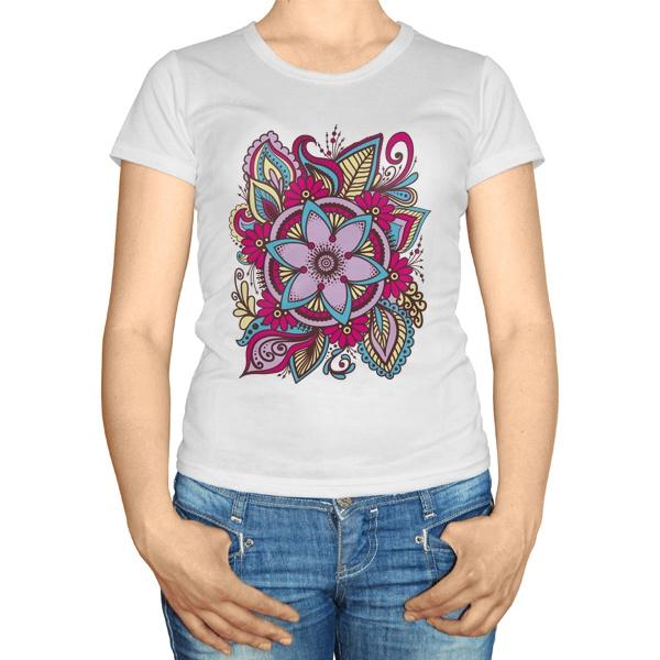 Женская футболка Узор из цветов, цвет белый