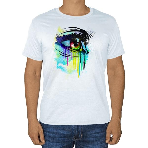 Рисунок женского глаза, белая футболка