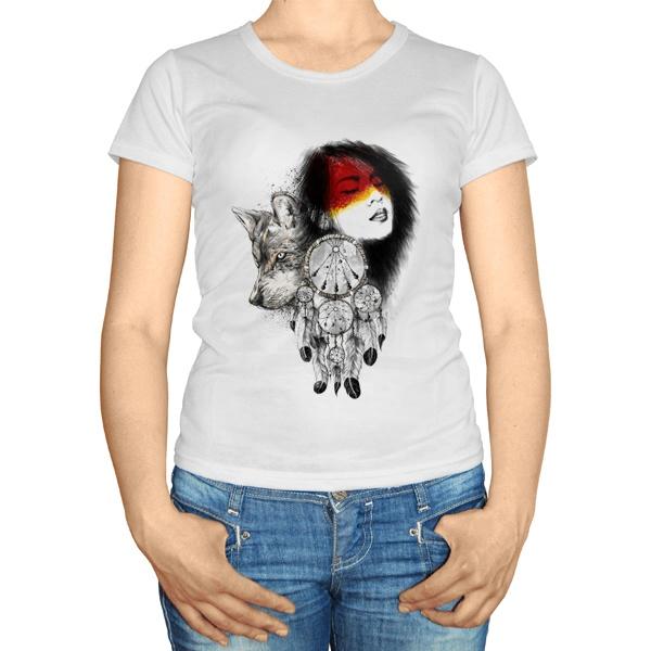 Женская футболка Девушка, волк и ловец снов